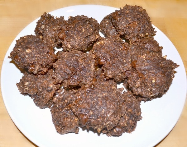 Chocolate protein cookies aren't pretty but they taste amazing and they're a healthy alternative to other desserts