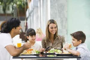 12 Ways to Keep Your Kids Busy at a Restaurant
