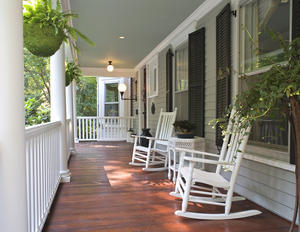 white rockers on front porch