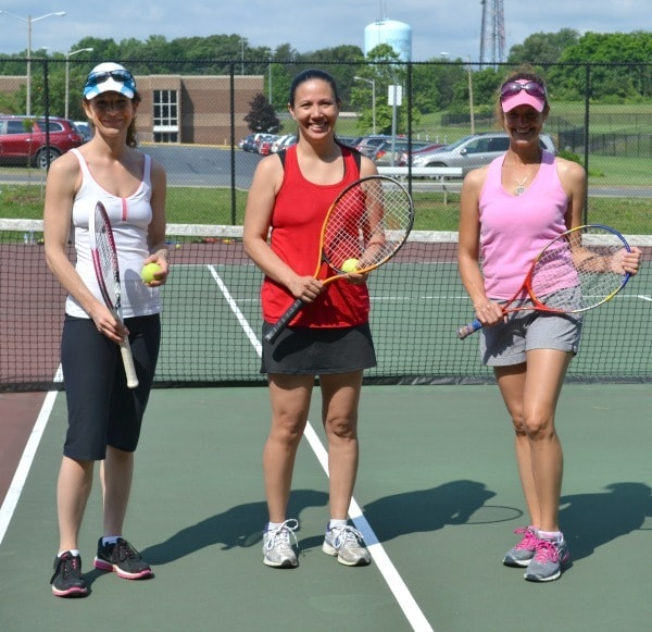Tennis with Friends as a way to shape up this summer with friends