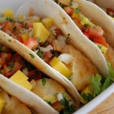 Fish tacos with mango salad