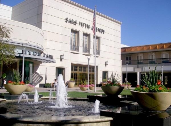 Biltmore Fashion Park Inner Courtyard