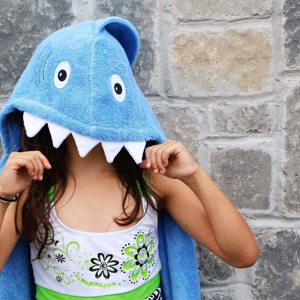 Shark bath towel with hood