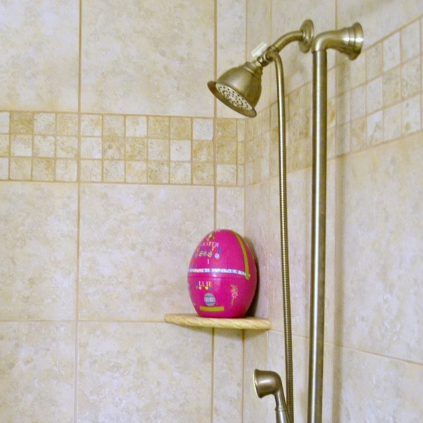 Easter egg in the shower