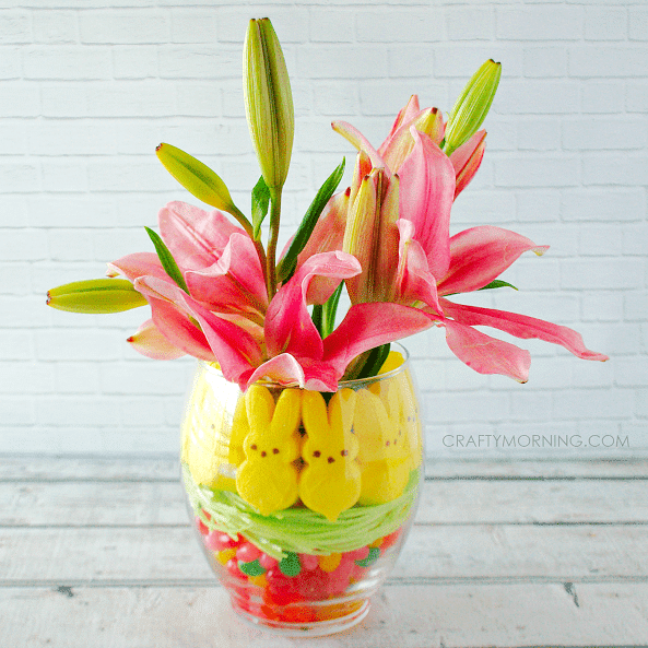 peep-jelly-bean-easter-vase-centerpiece-idea