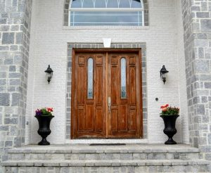 Quick & Easy Project to Enhance Your Home's Curb Appeal