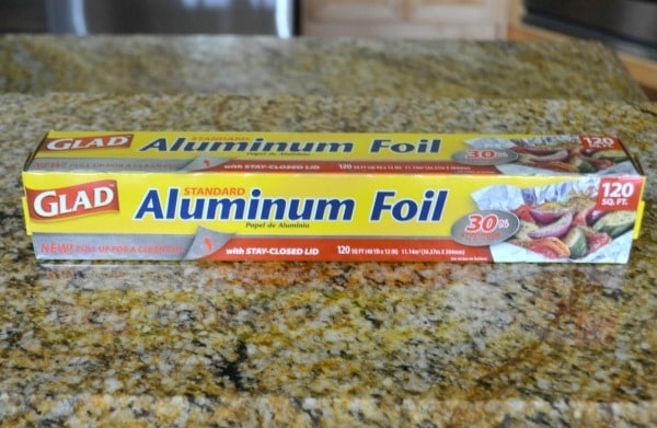 Glad Foil is 30 stronger than the leading brand and has a stay-closed lid