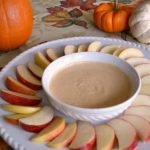 This healthy pumpkin pie dip contains just 5 ingredients, tastes just like pumpkin pie, and is good for you!