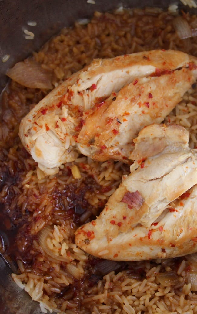 cooked rice, chicken breasts, and sauce in an instant pot