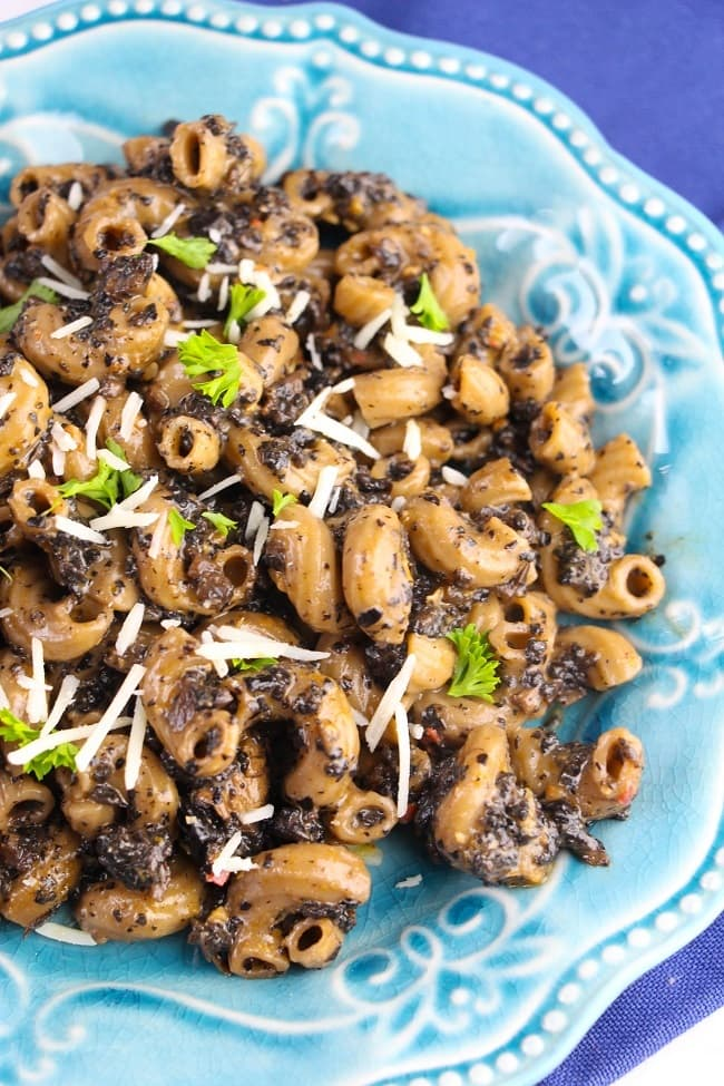 This Instant Pot Mushroom Pasta is perfect for Meatless Mondays! It's easy, delicious, and super satisfying.