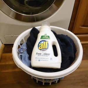 Teach Your Kids to Do Laundry (Plus Free Laundry Cheat Sheet!)
