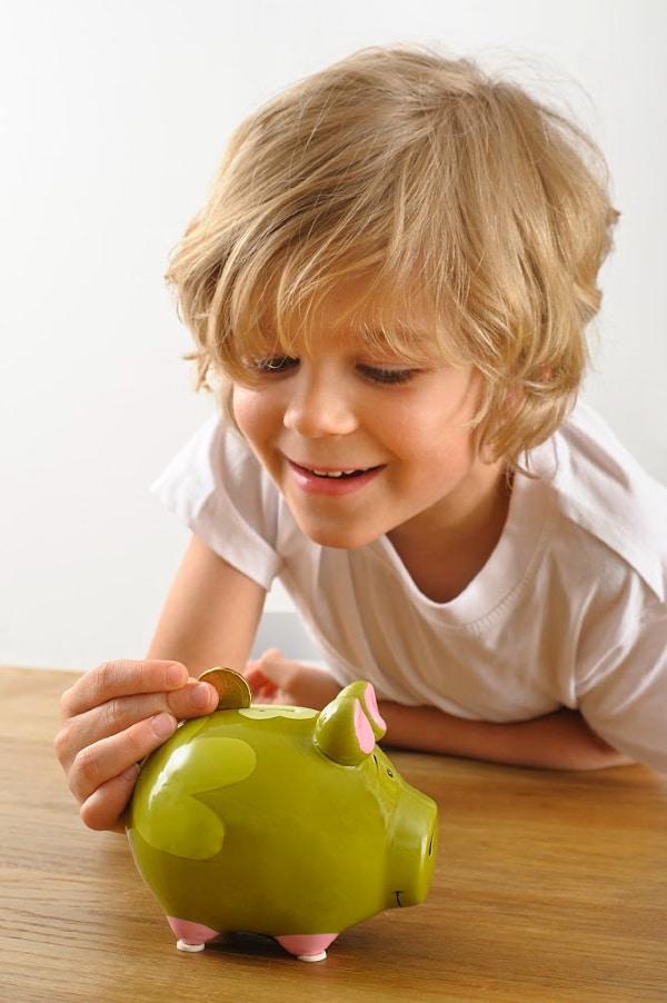 How Much Allowance Should Kids Get?