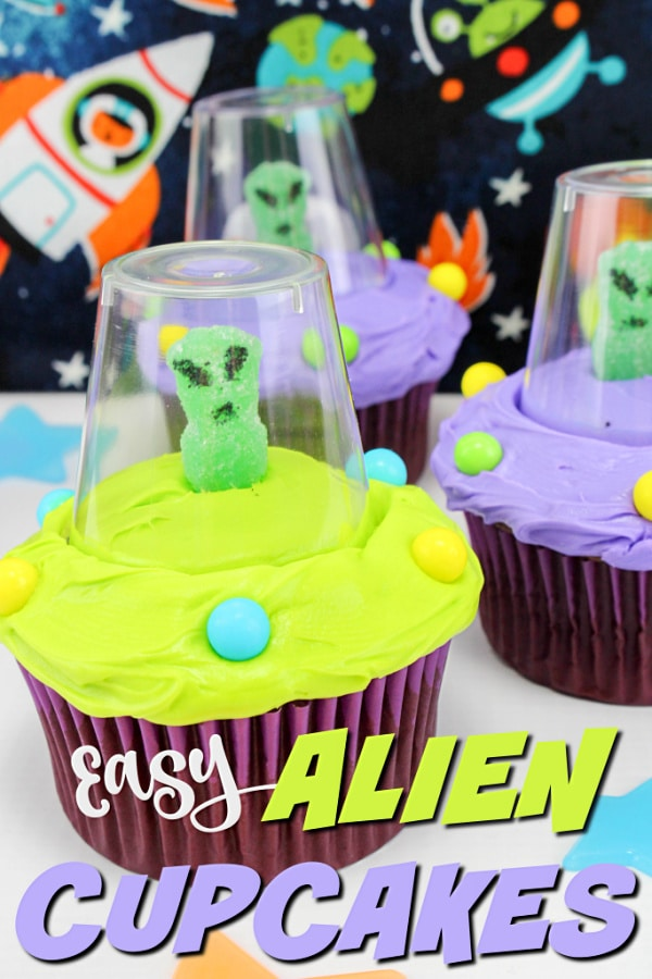 These fun alien cupcakes are just as easy to make as they are adorable! You don't have to be a professional cake decorator to make these for your child. #funfoodforkids #cupcakes #aliens via @wondermomwannab
