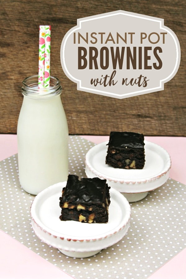 Once you've tried these Instant Pot brownies, you'll never go back to baking them in the oven. So moist and chewy! #brownies #instantpot #pressurecooker via @wondermomwannab