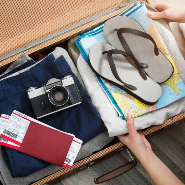 how to use a vacation packing list