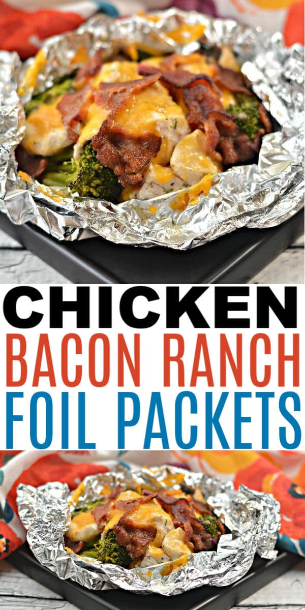 These chicken bacon ranch foil packets are perfect for busy weeknight dinners. These foil packets are also great for camping and when doing meal prep. #foilpackets #chicken #easydinners via @wondermomwannab