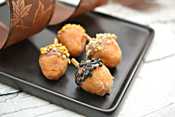 donut hole acorns for fall