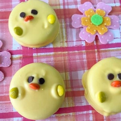 Easter Oreo Chicks Cookies