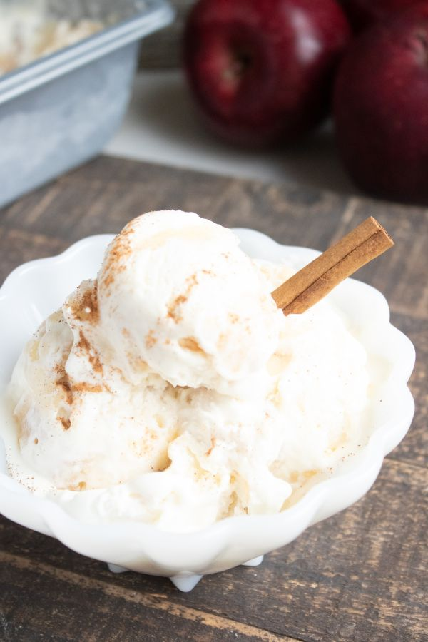 delicious no churn apple pie ice cream