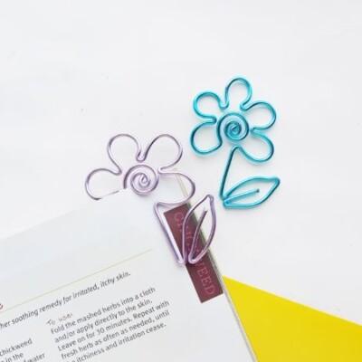 DIY Wire Flower Bookmark
