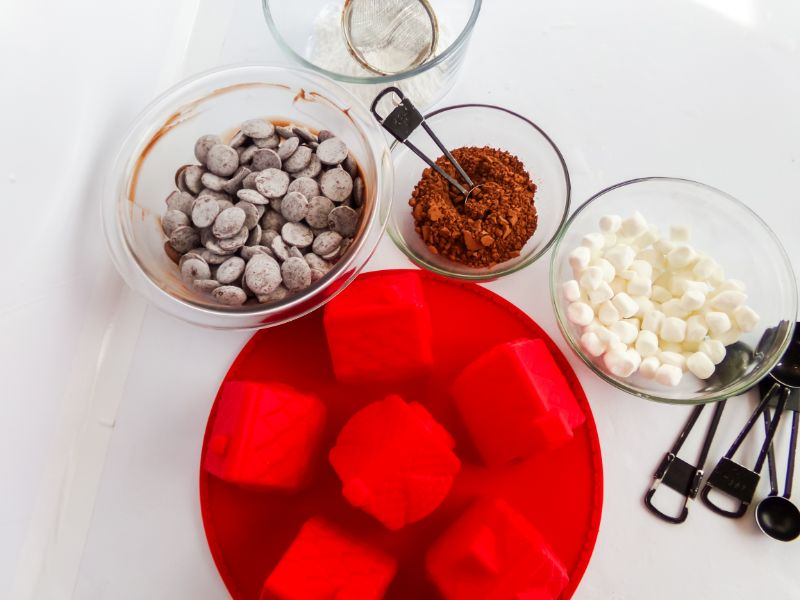 Gingerbread House Hot Cocoa Bombs ingredients