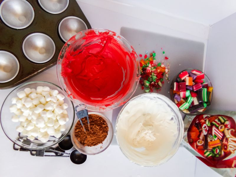 ingredients to make Old Fashioned Candy Hot Cocoa Bombs