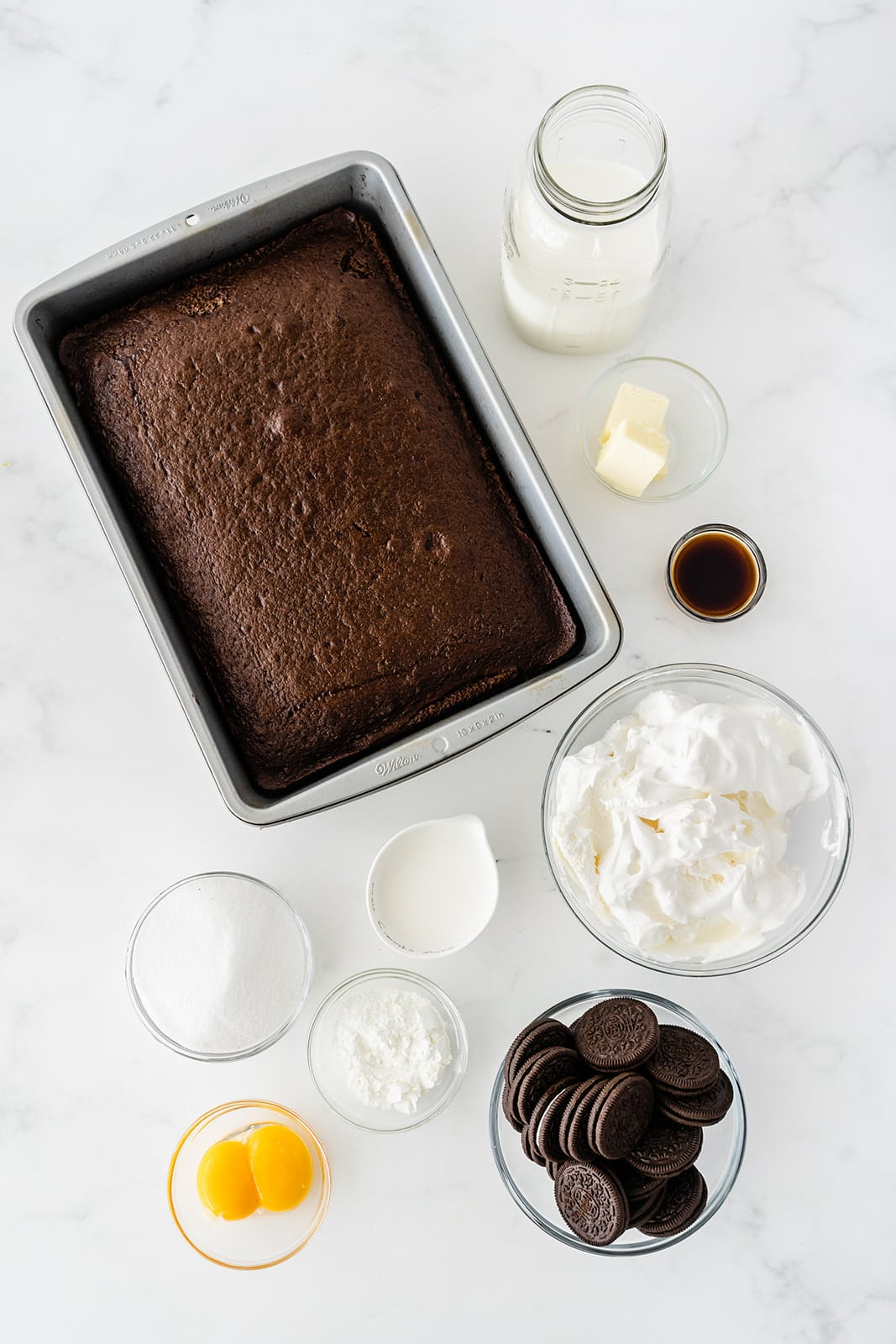 ingredients needed to make Oreo poke cake